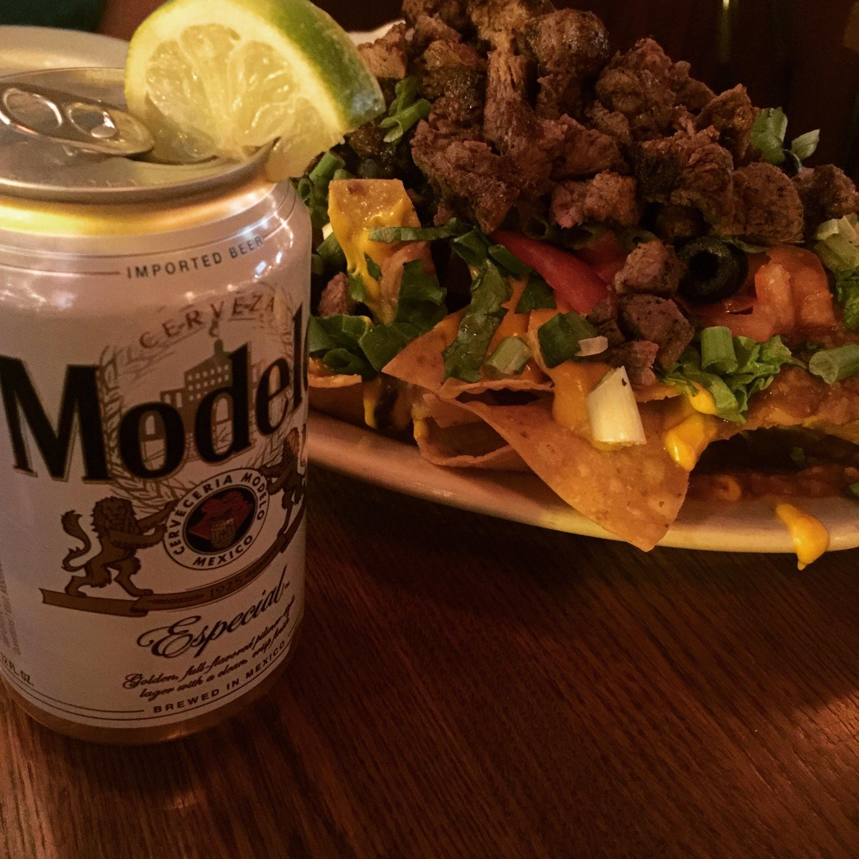 [I Ate] Chipotle steak nachos and a Modelo