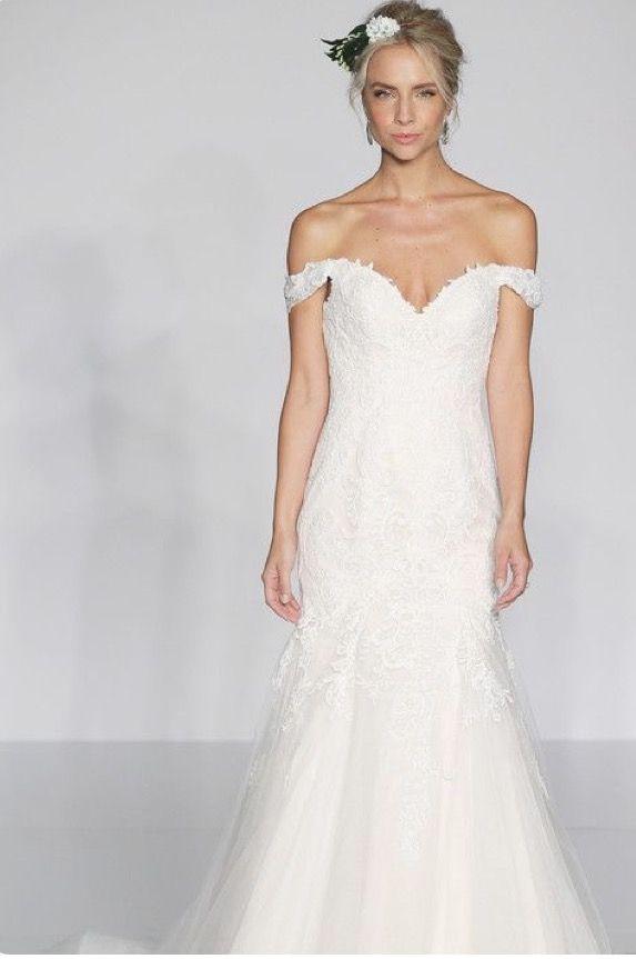 Romantic, off the shoulder lace gown-$$