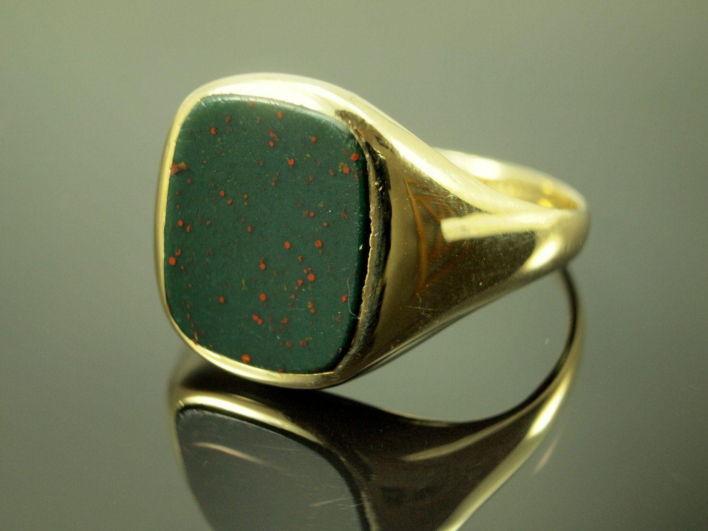 Mens Bloodstone Ring - Vintage Agate Gold Ring for Men ...   1500 x 1125 jpeg 133kB