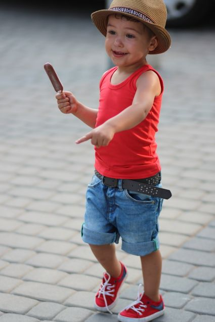 Ok so it s official that little boys are probably more fashionable then  teenager boys who wear dumb skinny jeans and SWAG on their hats n crap a13be6e5da62