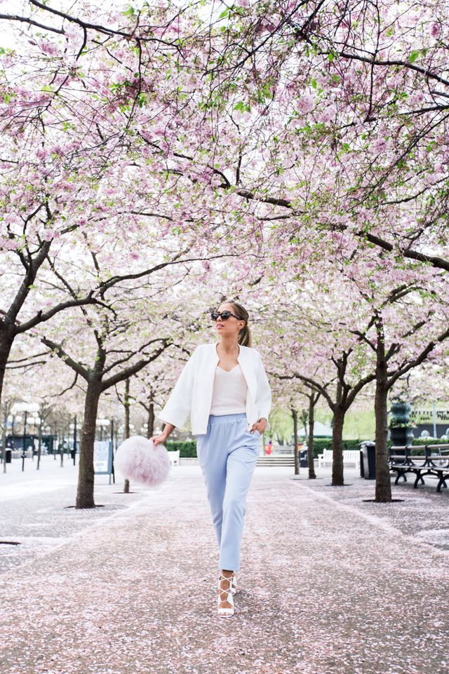 Cherry Blossom Kenza Japan Spring Fashion Spring Outfits Japan Cherry Blossom Outfit
