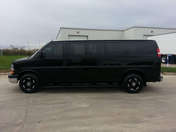 Used Passenger Vans For Sale >> 15 Passenger Vans Sale Used Cars Yakaz 15 Passenger Van