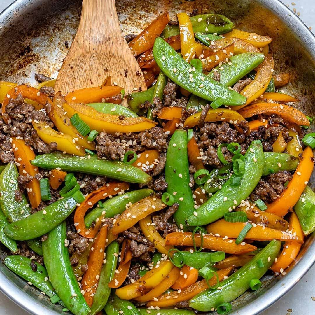 "Rachel Maser (CleanFoodCrush) on Instagram: ""{NEW} Teriyaki Beef Stir Fry ???? . { The best thing you can do with that pound of ground beef in your fridge/freezer right now! Snap peas…"" #beefhealthyrecipes"