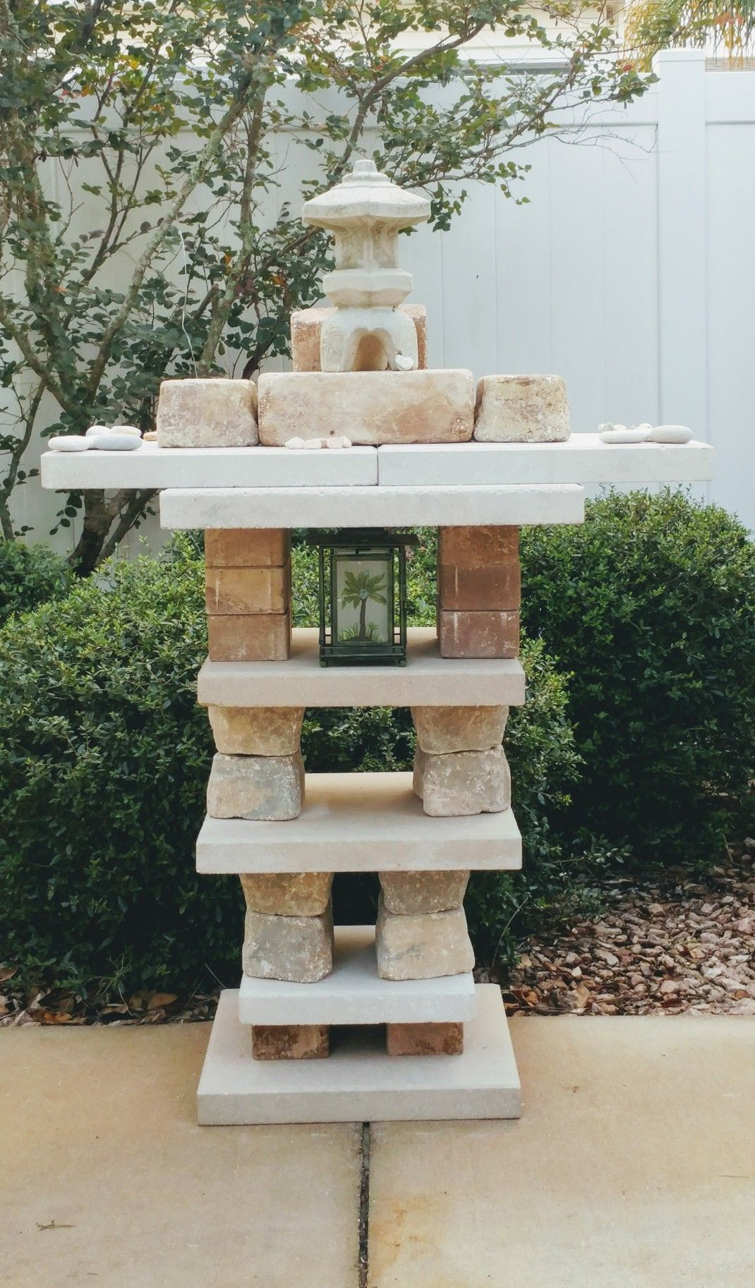 Diy Pagoda For Your Yard We Love It And It S Easy Enough Diy