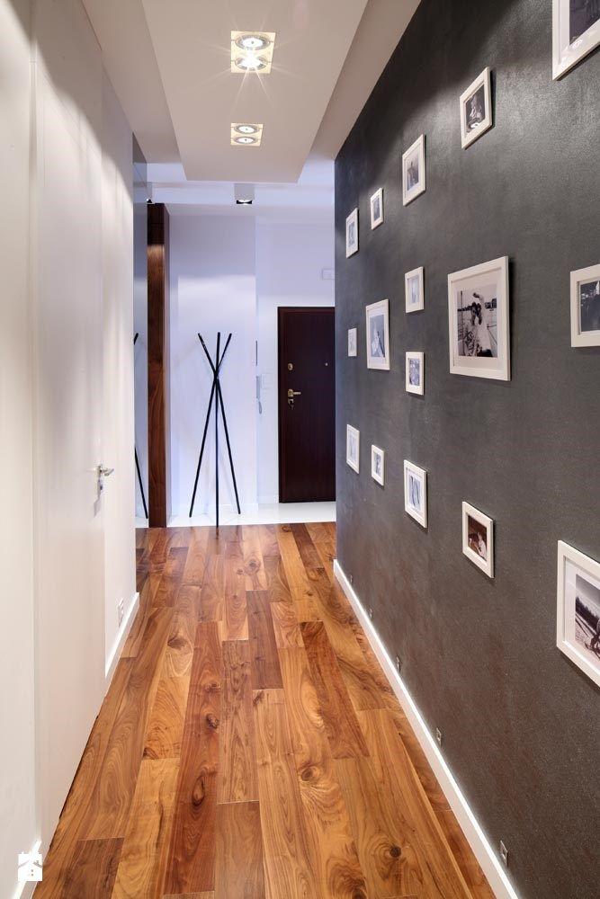 ORZECHOWY BRĄZ - zdjęcie od Ludwinowska Studio Architektury - Hol / Przedpokój - Styl Minimalistyczny - Ludwinowska Studio Architektury