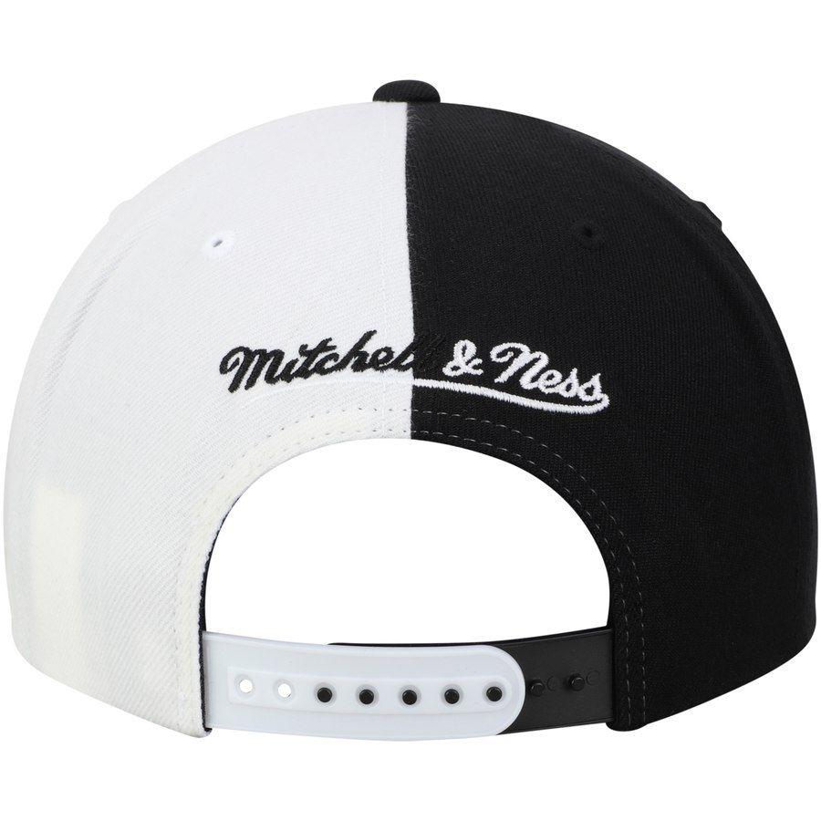 7787c393ce763e Boston Celtics Mitchell & Ness Split Snapback Hat - Black/White en ...