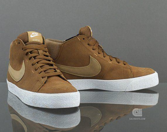 online store 4c38e 140df Nike Blazer Mid LR – brown