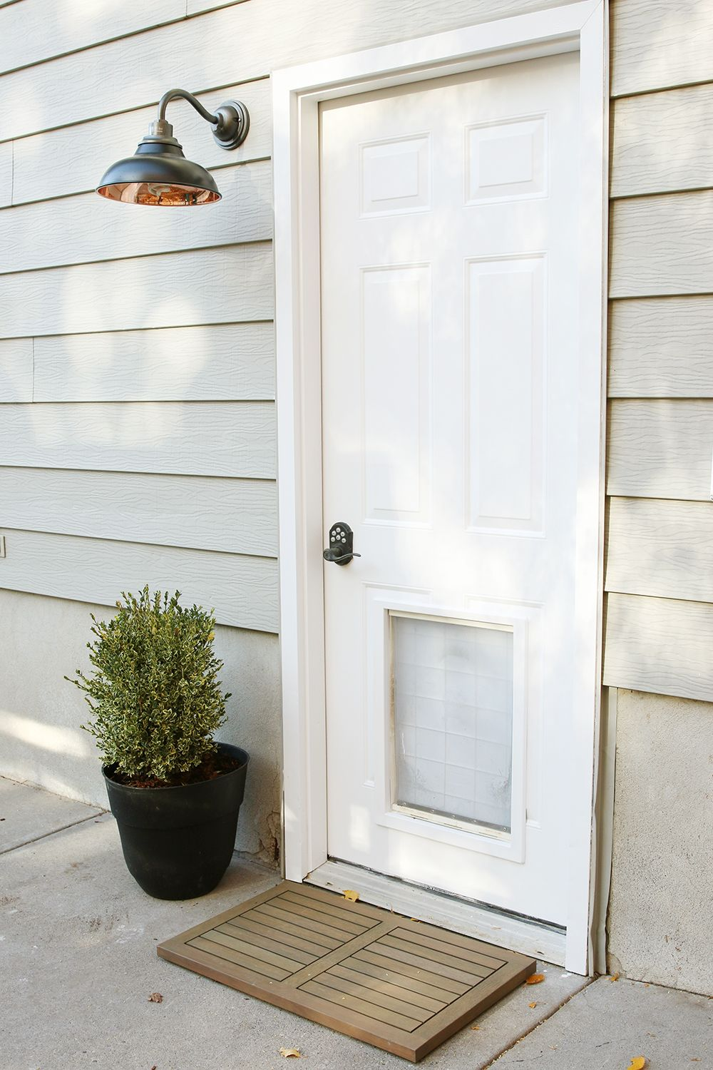 An Easy Side Entrance Makeover | Exterior and House