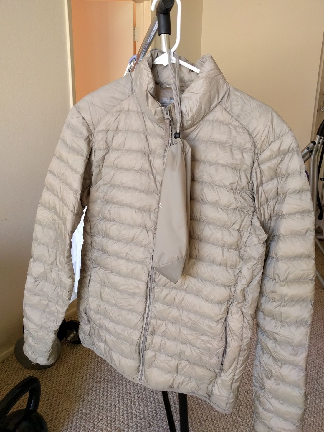 Uniqlo Ultra Light Down Jacket In Light Brown Size Xs 20 Down Jacket Jackets Light Brown [ 1467 x 1100 Pixel ]