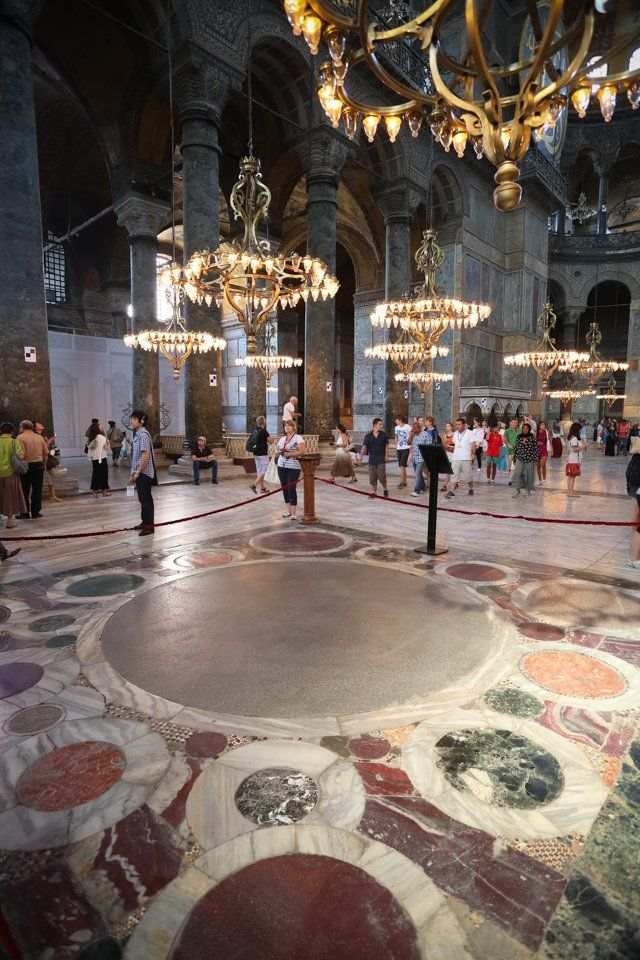 Omphalion The Place Where Byzantine Emperors Were Coronated In Hagia Sophia Hagia Sophia Byzantine Empire Eastern Roman