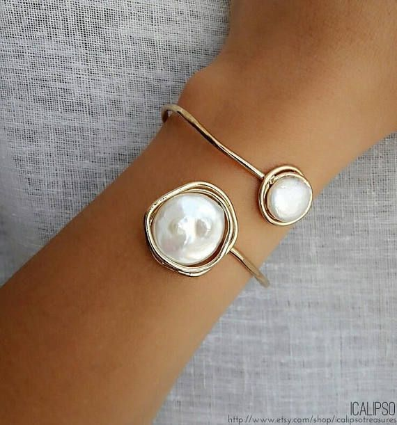 Armreif Geschenk Armband für ihr goldenes Armband  #armband #armreif #geschenk #goldenes #pearljewelry