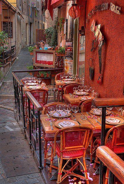 Le Petit Chaperon Rouge, Cannes
