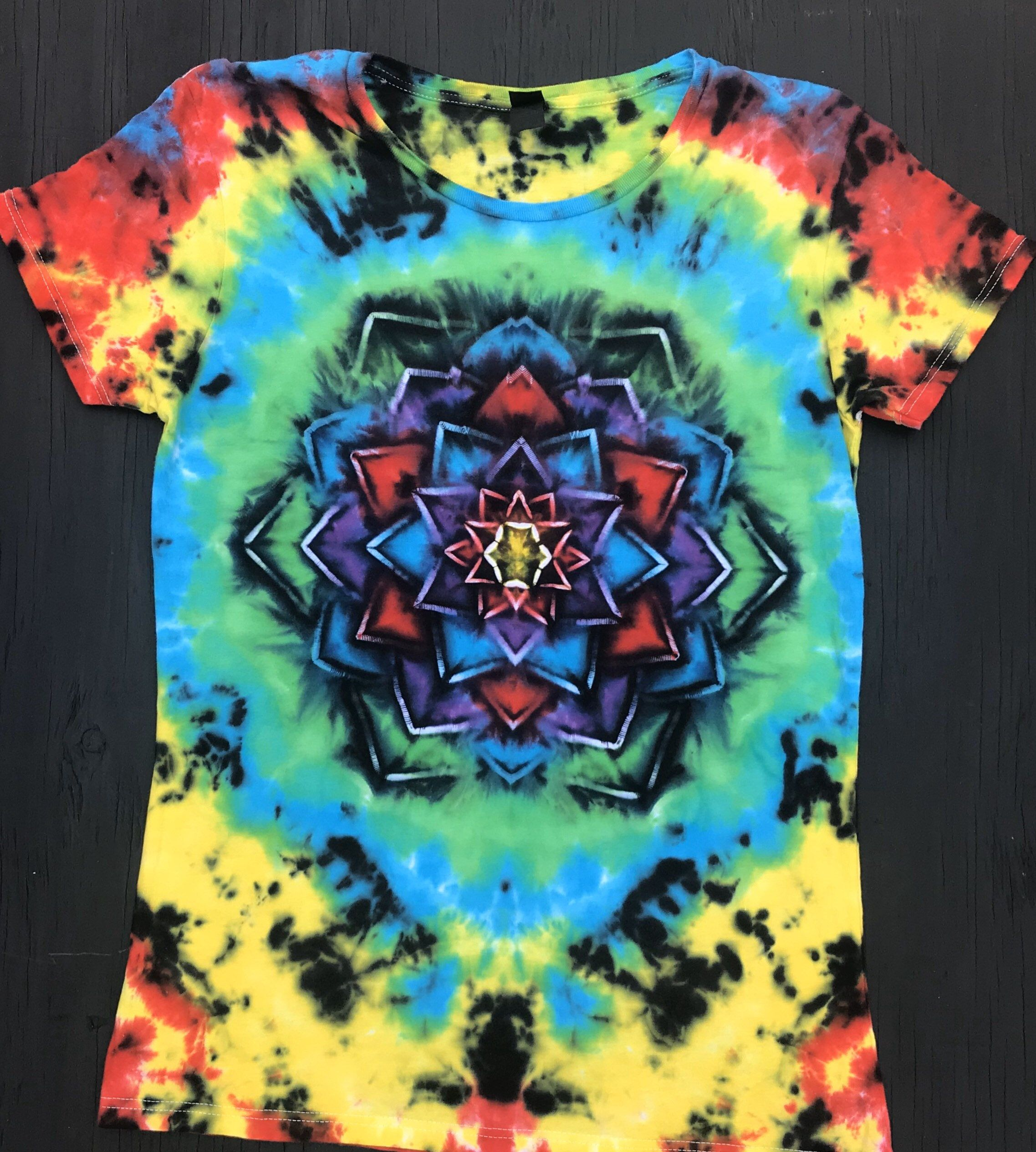 Women/'s XL Nature Inspired Ice Dyed Long Sleeved T-shirt