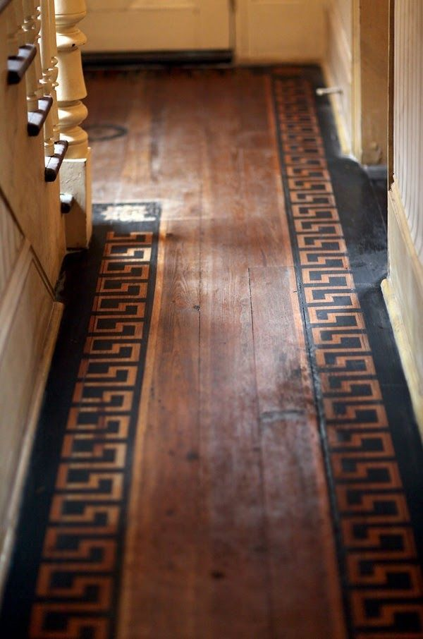 Diamond Pattern Painted Wood Floor Inset Greek Key Pattern Floors And Surfaces To Inspire By Natura Suelos Pintados Pisos Pintados Pisos De Madera Pintados