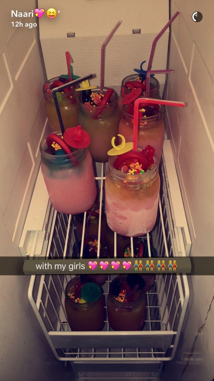 ig/pinterest kemsxdeniyi Sleepover food, Candy drinks
