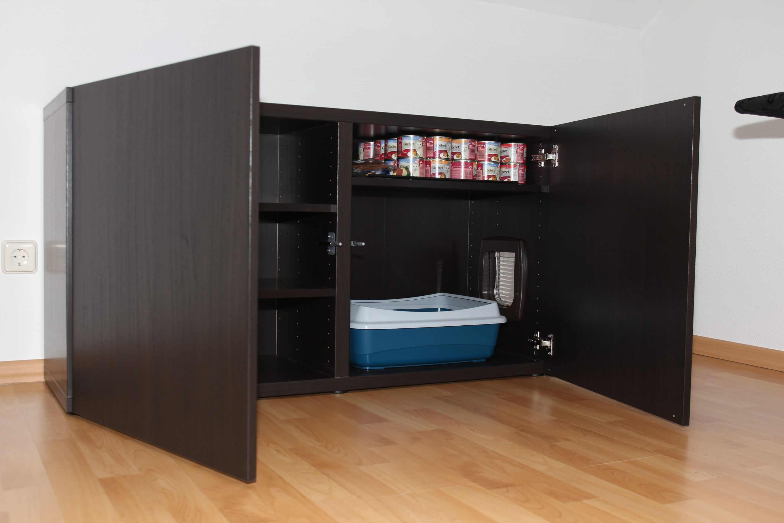 anleitung katzenklo im ikea schrank verstecken do it yourself katzenforum. Black Bedroom Furniture Sets. Home Design Ideas