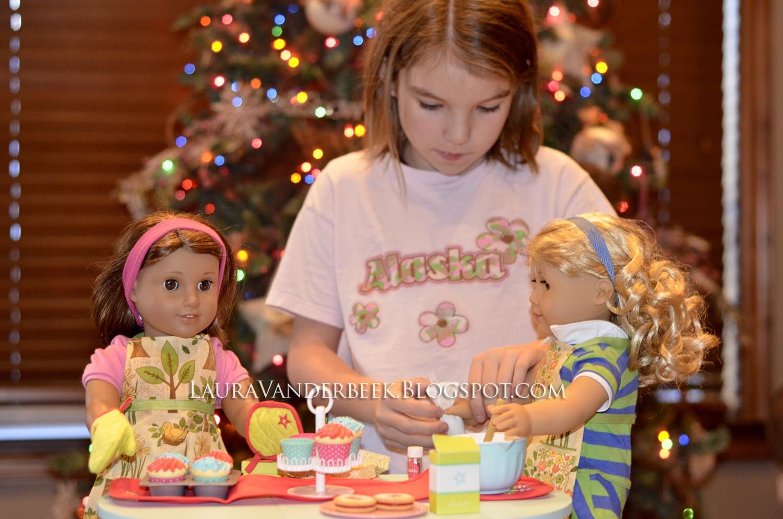 "Laura Vanderbeek: Homemade 18"" doll apron pattern"