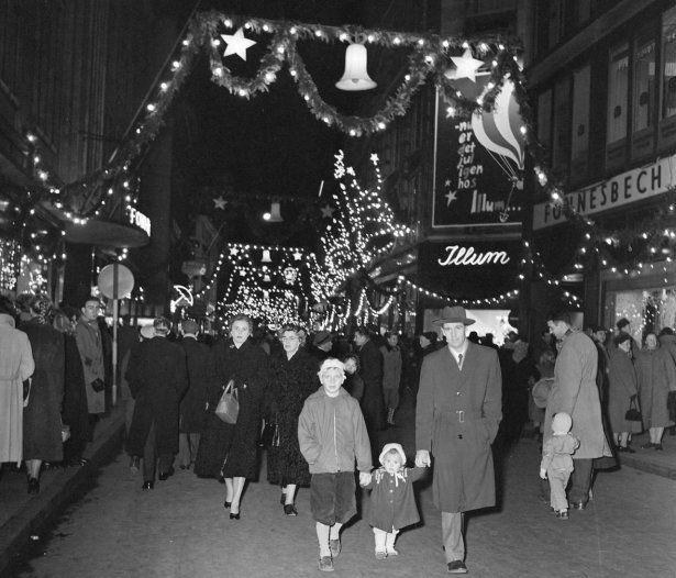 Se Billederne Sådan Fejrede København Jul I Gamle Dage Jul Www