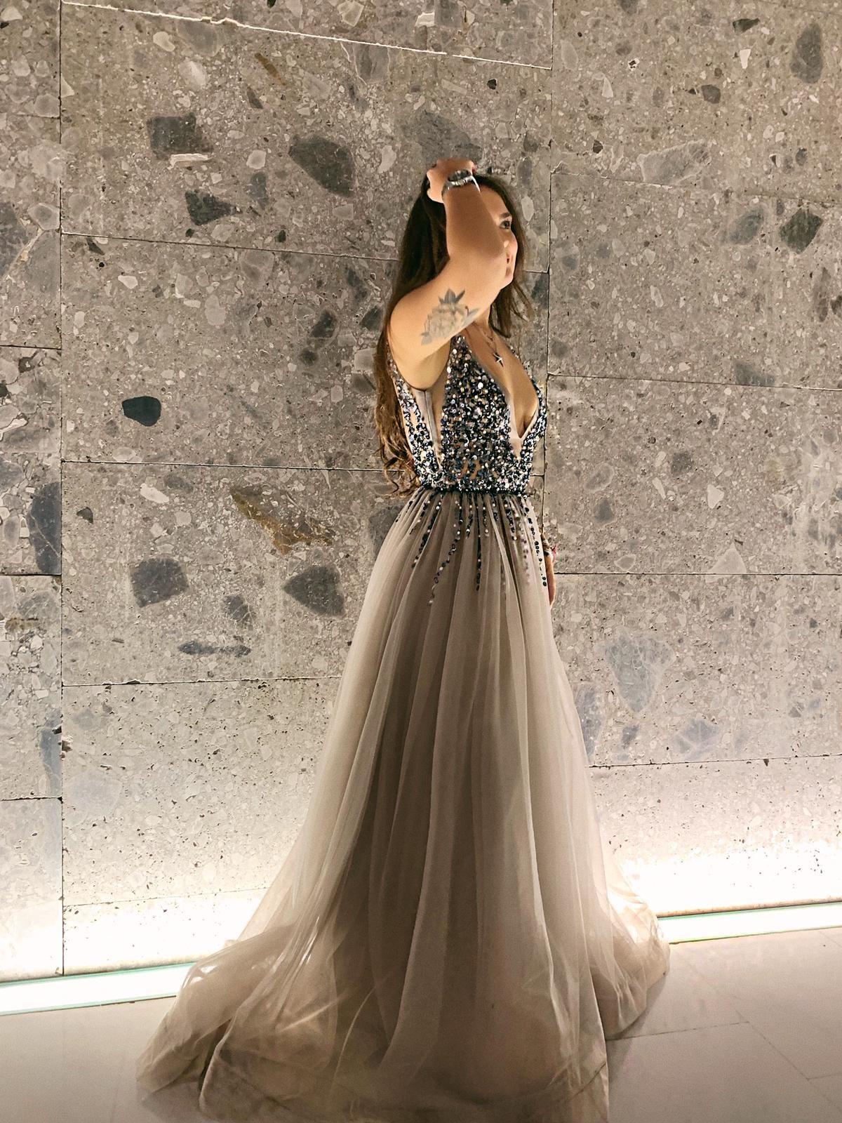 Abito Di Sartoria Abito In Tulle Cinderella Dress Vestiti Dressyoucan Noleggio Alta Moda Abiti Vestiti Scarpe Borse E Acces Nel 2020 Vestiti Abiti Abito In Tulle