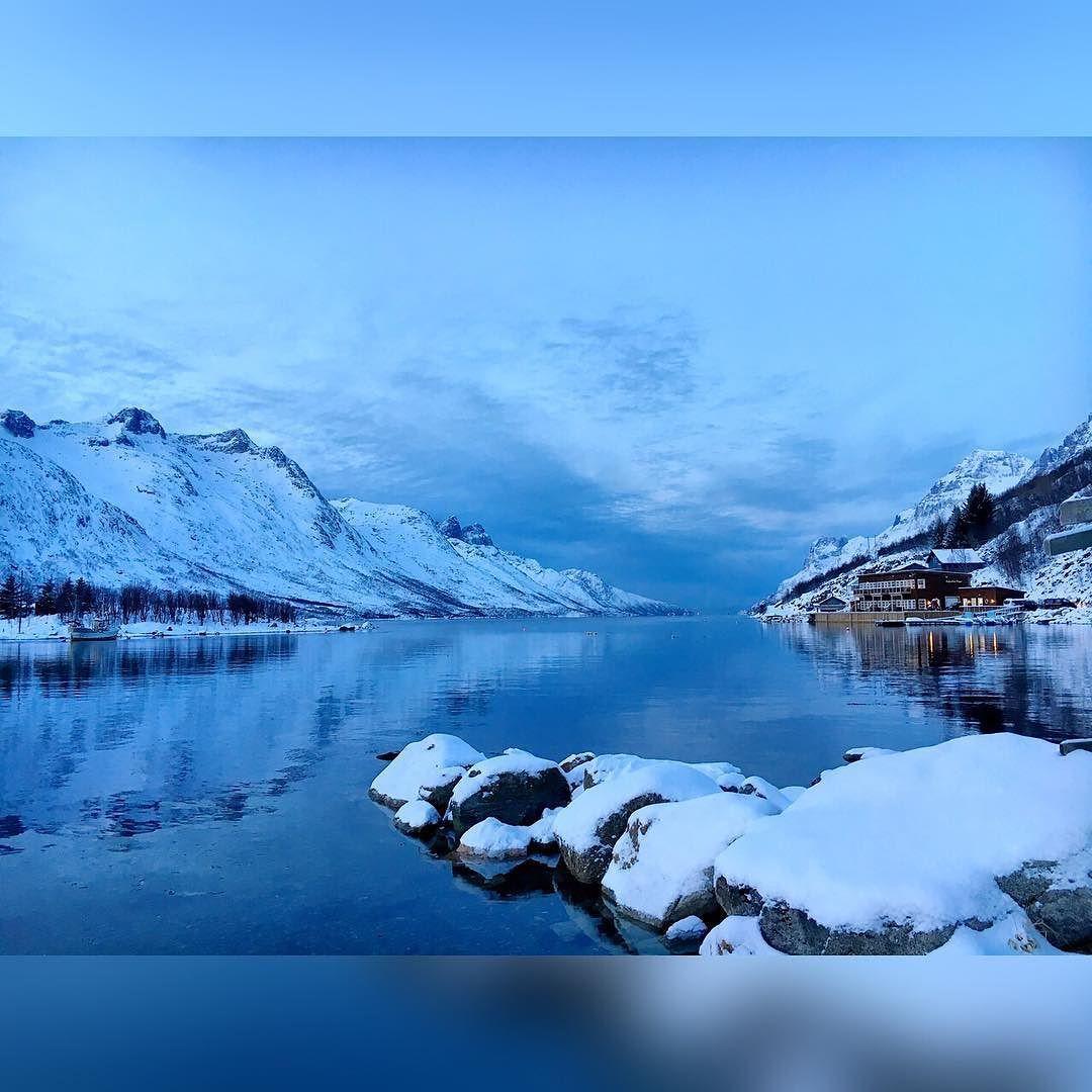 #traveler #travelgram #travelling #travels #travelingram #traveller #travel #traveltheworld #travelblogger #igtravel #instagood #instagram #instaplace #norway #norway #tromsø #fjord