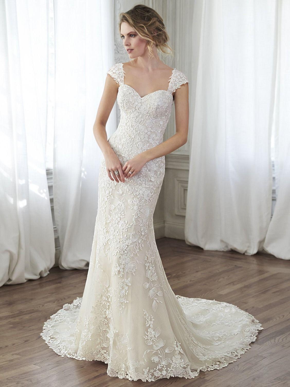 Best Wedding Dress Designers 2016 Ficts