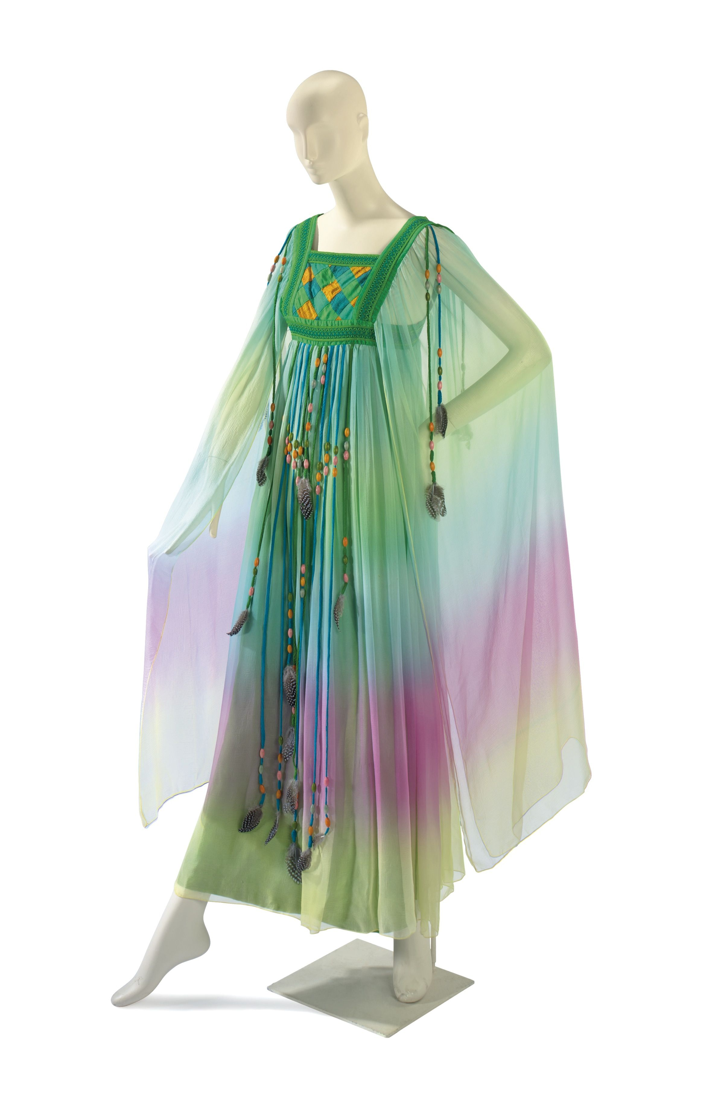 Caftan Worn By Elizabeth Taylor At Her Second Wedding With Richard Burton Historical Dresses Fashion Vintage Outfits