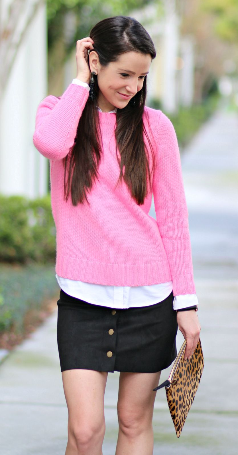 131c314289 Cute preppy date night or Valentine s Day outfit idea! J.Crew Factory hot  pink crewneck sweater with a white oxford