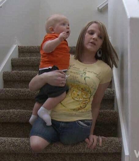 Beine frau film arme und ohne Junge Frau