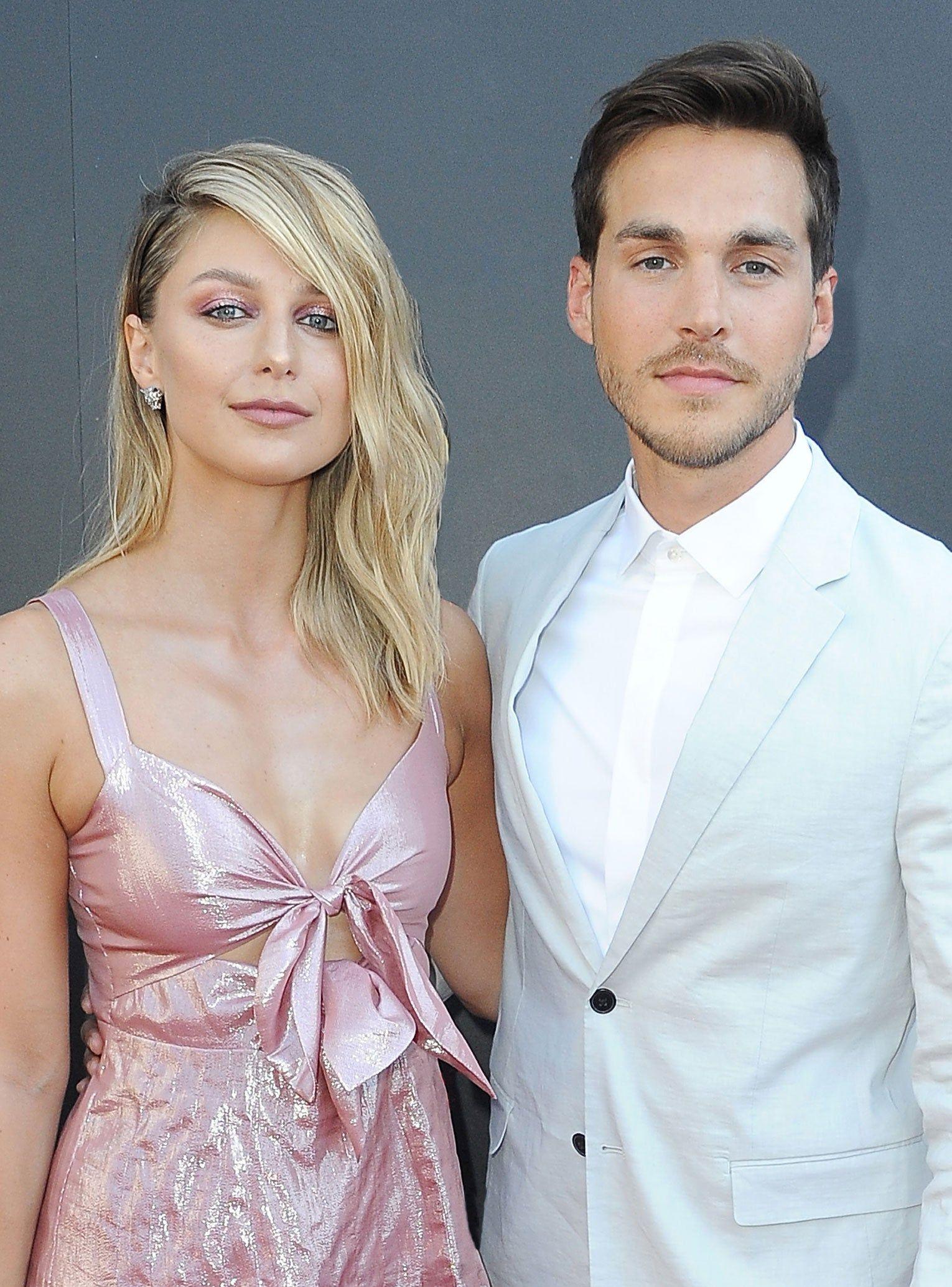 Melissa Benoist Is Expecting With Her Supergirl Co Star Chris Wood In 2020 Melissa Benoist Wedding Chris Wood Supergirl