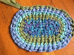 Fantastic Series Of Video Tutorials On How To Make An Amish Knot Rug Or Toothbrush Rugs