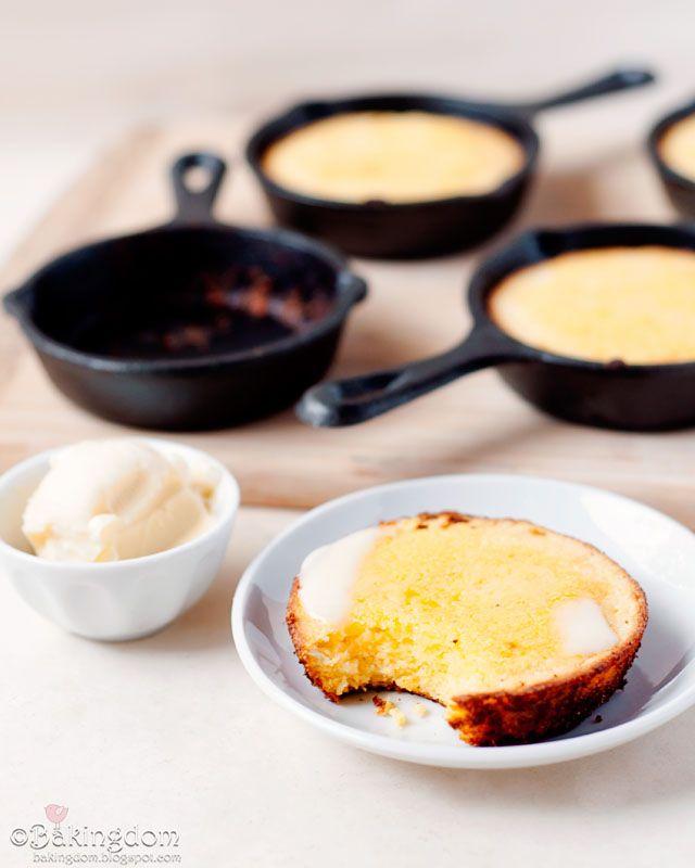 Southern Style Skillet Cornbread Bakingdom Skillet Cornbread Recipes Southern Cornbread