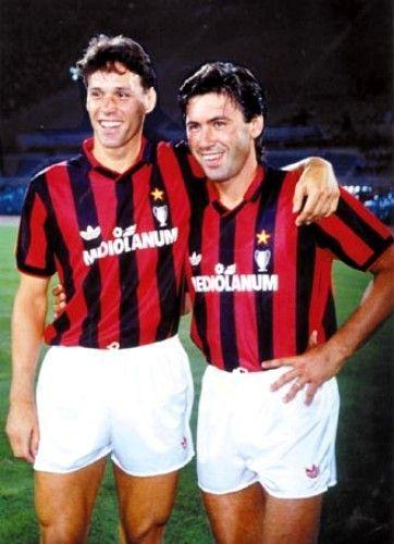 Marco Van Basten Carlo Ancelotti 1990 Ac Milan Carlo Ancelotti Milan Football Ac Milan