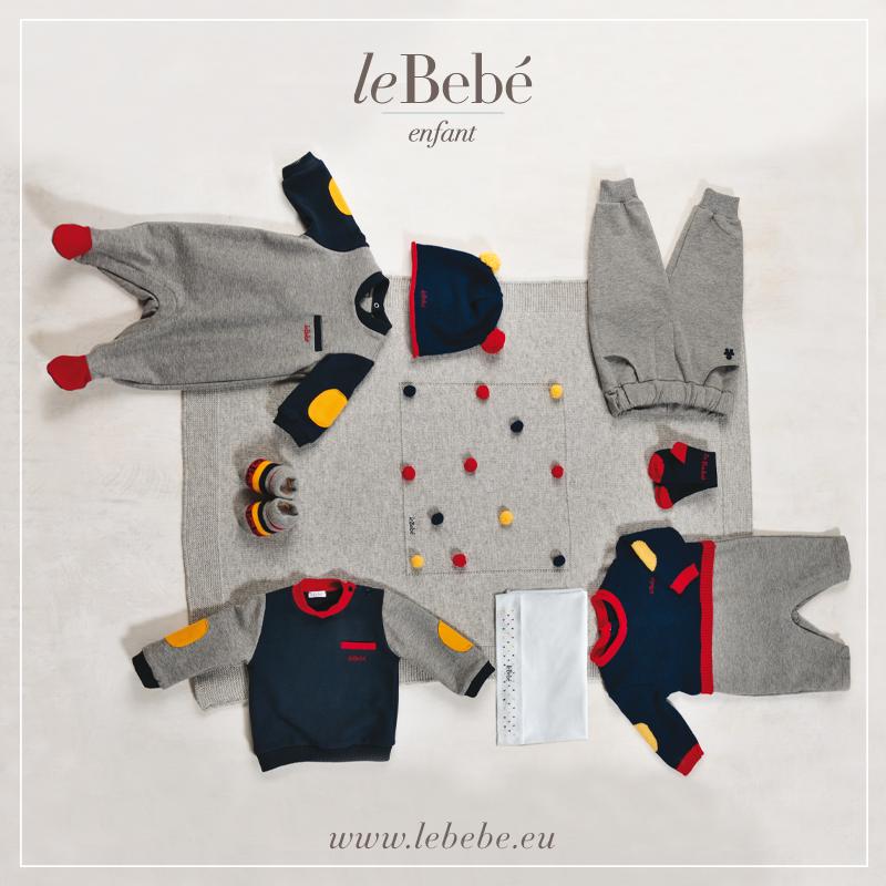 Tanti piccoli pon pon colorati rendono allegra la copertina per la culla, in coordinato con simpatiche tutine. :)  www.lebebe.eu #fieradiesseremamma #lebebé #enfant #boy #blu #red #yellow #baby #winter #fashion