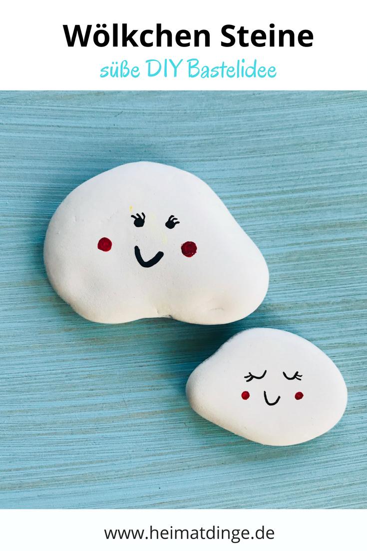 Steine sind Tausendsassa:  Sie eignen sich toll als DIY Deko fürs Kinderzimmer. Damit kommt Farbe in eure vier Wände! Oder als Bastelidee für Kindergeburtstage und für den Kindergarten - Steine sind sehr vielseitig einsetzbar. Ihr könnt sie mit dem Pinsel bemalen oder mit Fingerfarbe und Glitzer verschönern. Lackstifte oder einfach nur Filzstifte eignen sich genial, um den Steinen einen neuen Anstrich zu verleihen. Hier zeige ich euch eine Auswahl süßer Motive. Einfach hier klicken. #steinebemalengarten