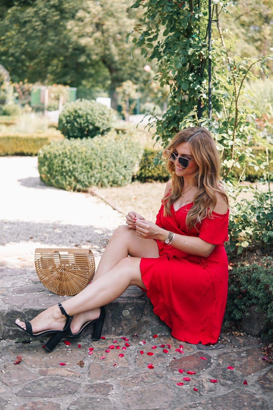 Rotes Sommer Kleid | Fashion, Fashion beauty, Her style
