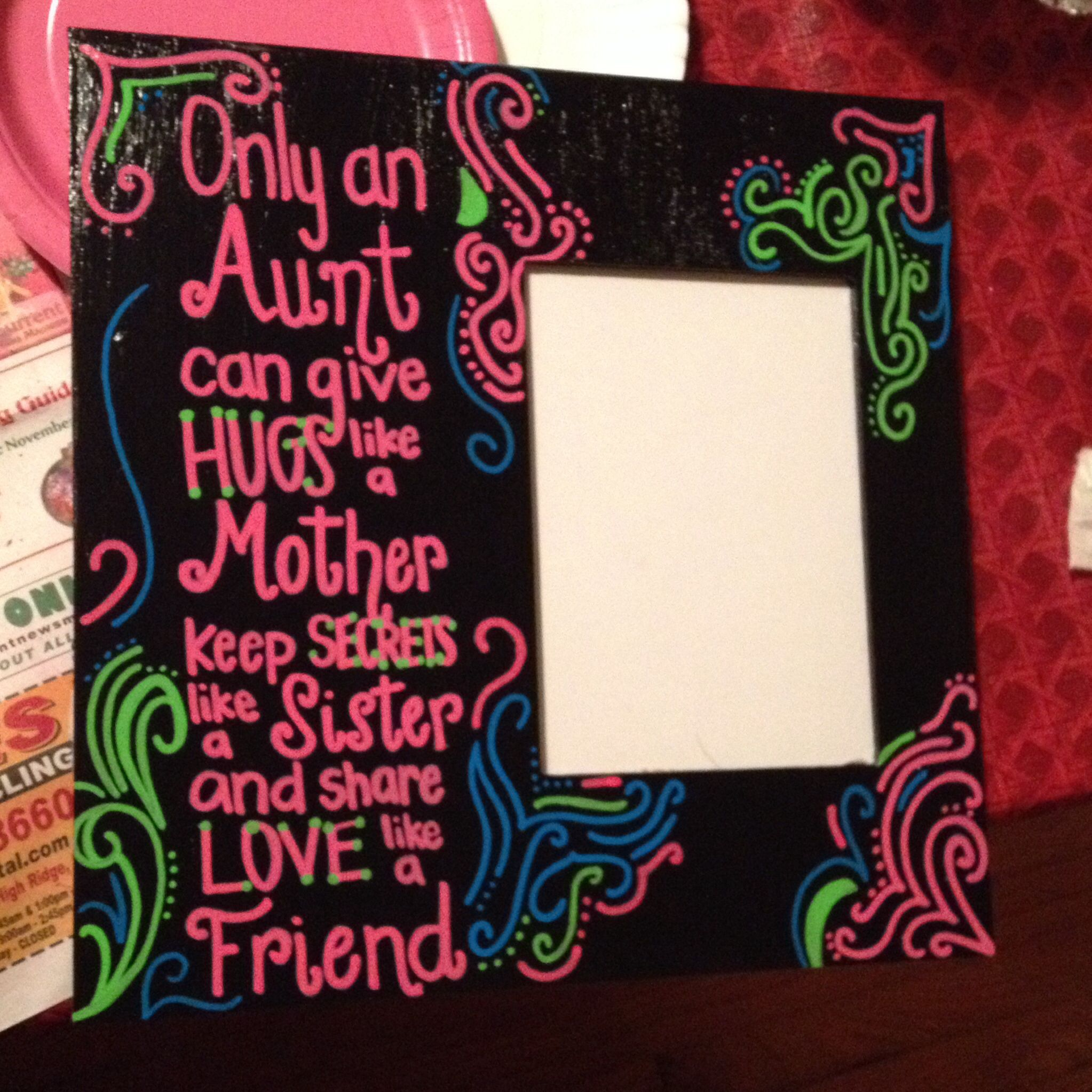 Christmas Gifts For Nephew And Niece: Picture Frame As A Present For Your Aunt! Using Paint Pens