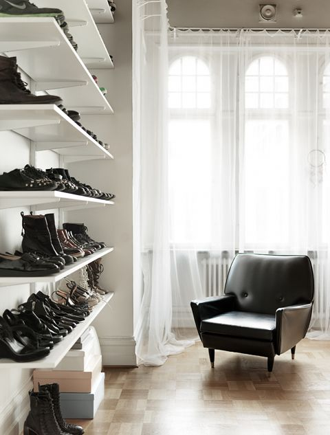 Talk about a cool shoe display - lark linen #closet #interiors