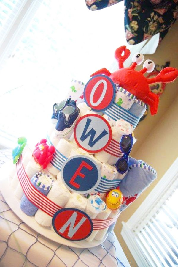 Cute beach theme diaper cake.  Now if only all the cakes I make were for babies with 4 letter names!