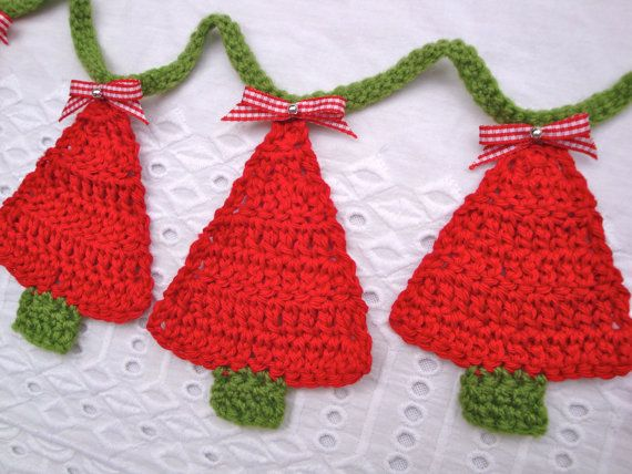 Crochet Christmas Tree Bunting Red Green Handmade Unique Funky Gingham Bow Decor Christmas Crochet Christmas Crochet Patterns Crochet Xmas