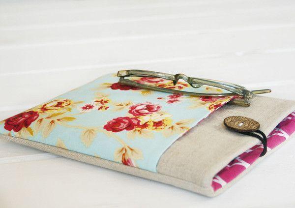 Shabby Flowers iPad Mini {or smaller gadget} Case