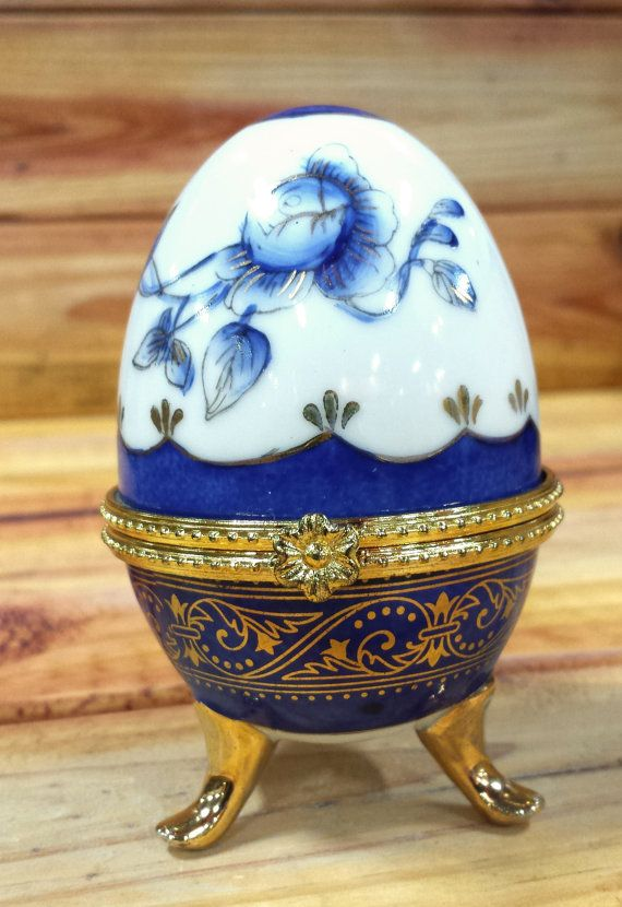 Russian egg jewerly box egg box and tarts easter gifts russian egg jewerly box by artmaxantiques on etsy negle Gallery