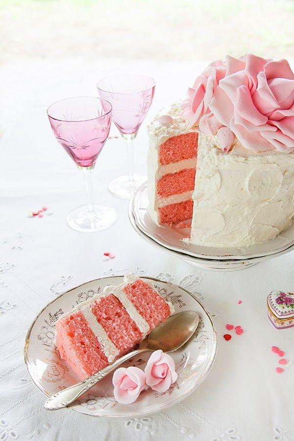 Pink Velvet Cake Y Rosas De Azúcar