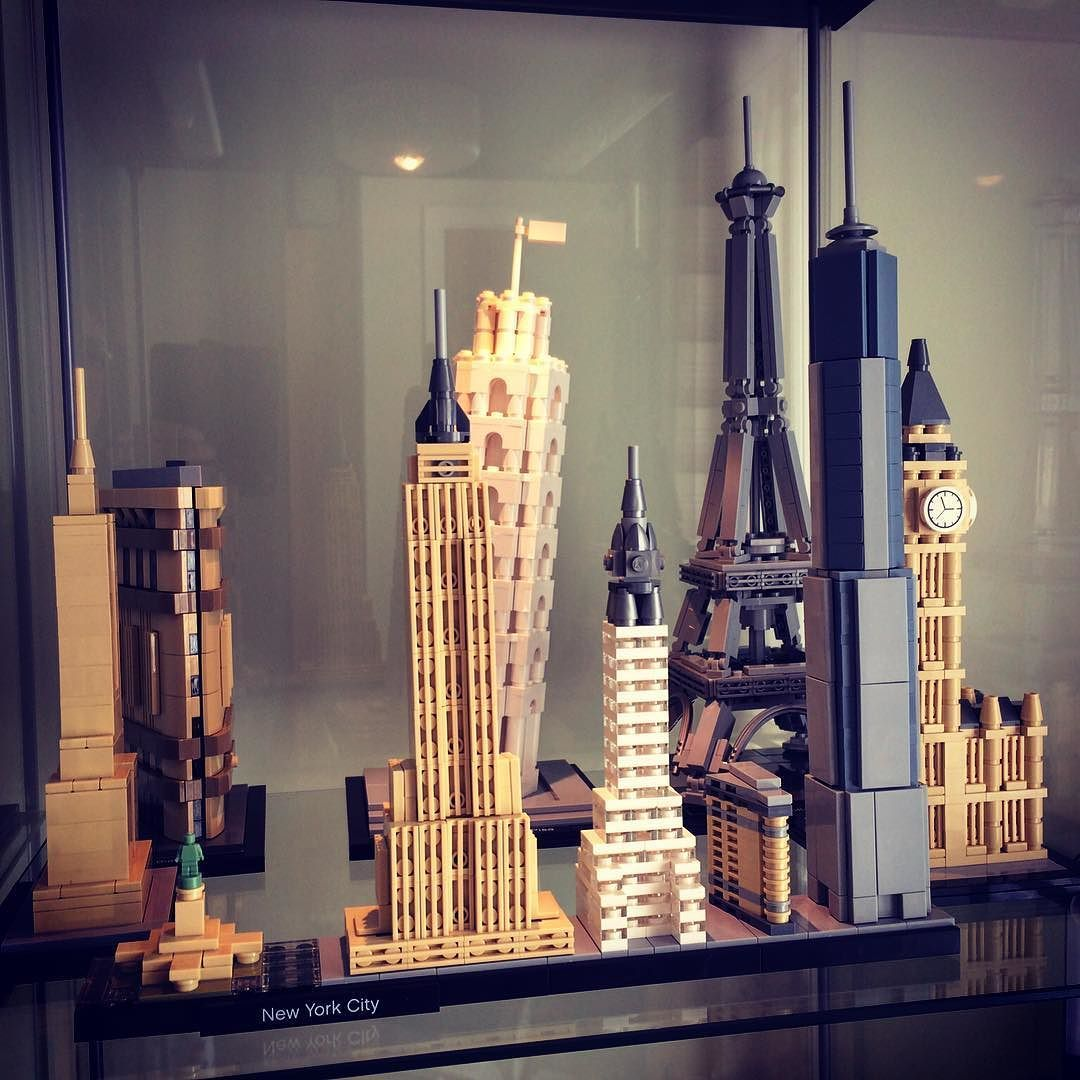 """""""Lego Architecture Display"""" Built the New York City"""