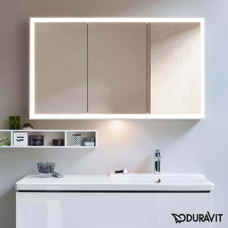 Duravit L Cube Der Spiegelschrank Erfreut Sie Mit 3 Verspiegelten Turen Und Einer Bad Spiegelschrank Mit Beleuchtung Spiegelschrank Spiegelschrank Beleuchtung