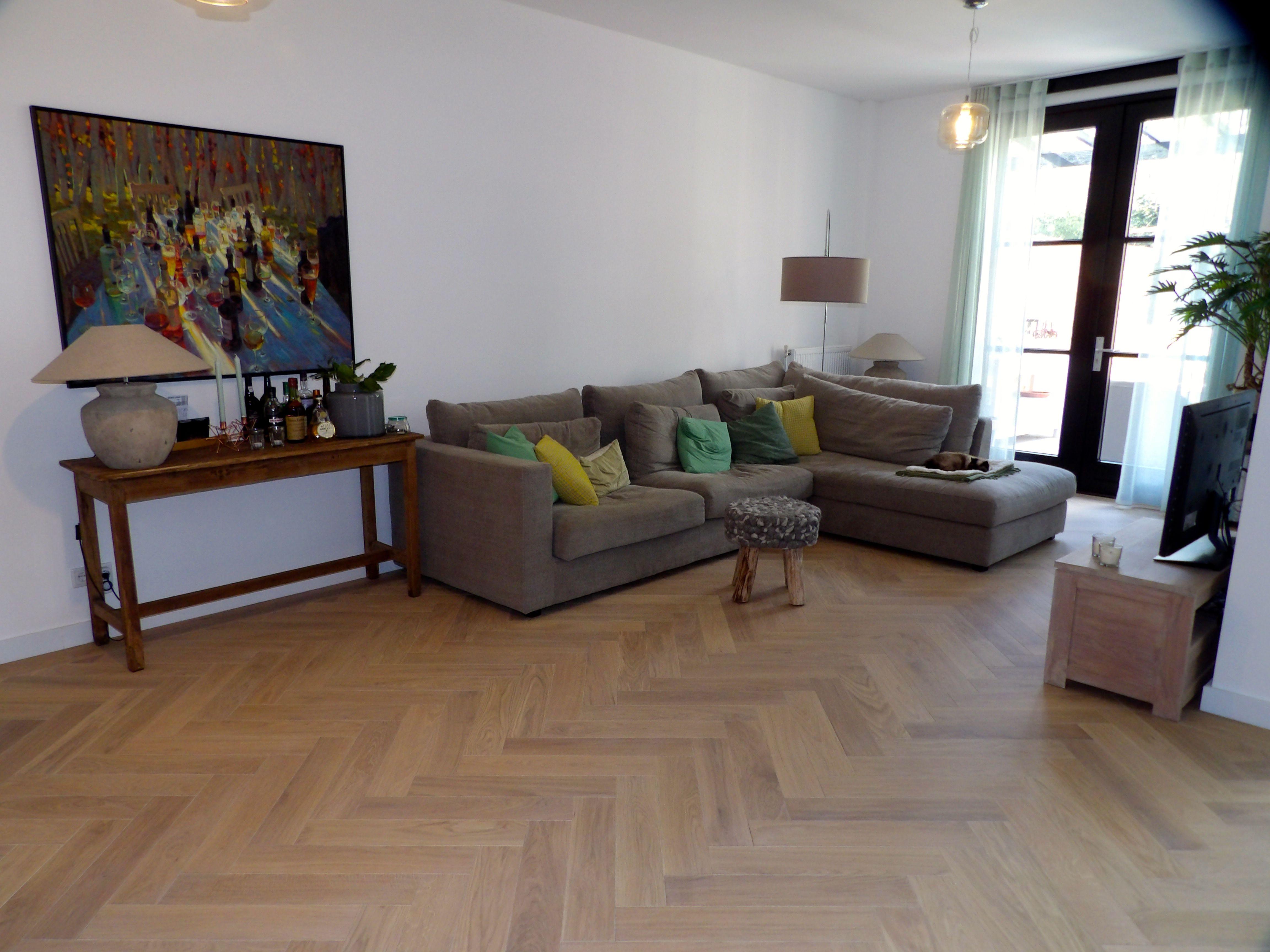 Visgraat vloer zonder noesten in de woonkamer - www.fairwood.nl ...