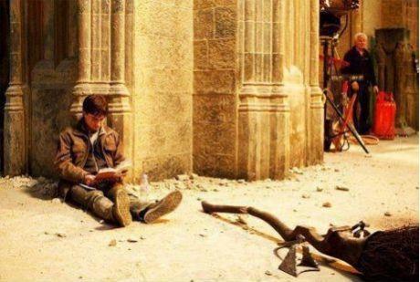 Harry Potter reading Harry Potter on the set of Harry Potter.  HP INCEPTION! @Hillary Dodson