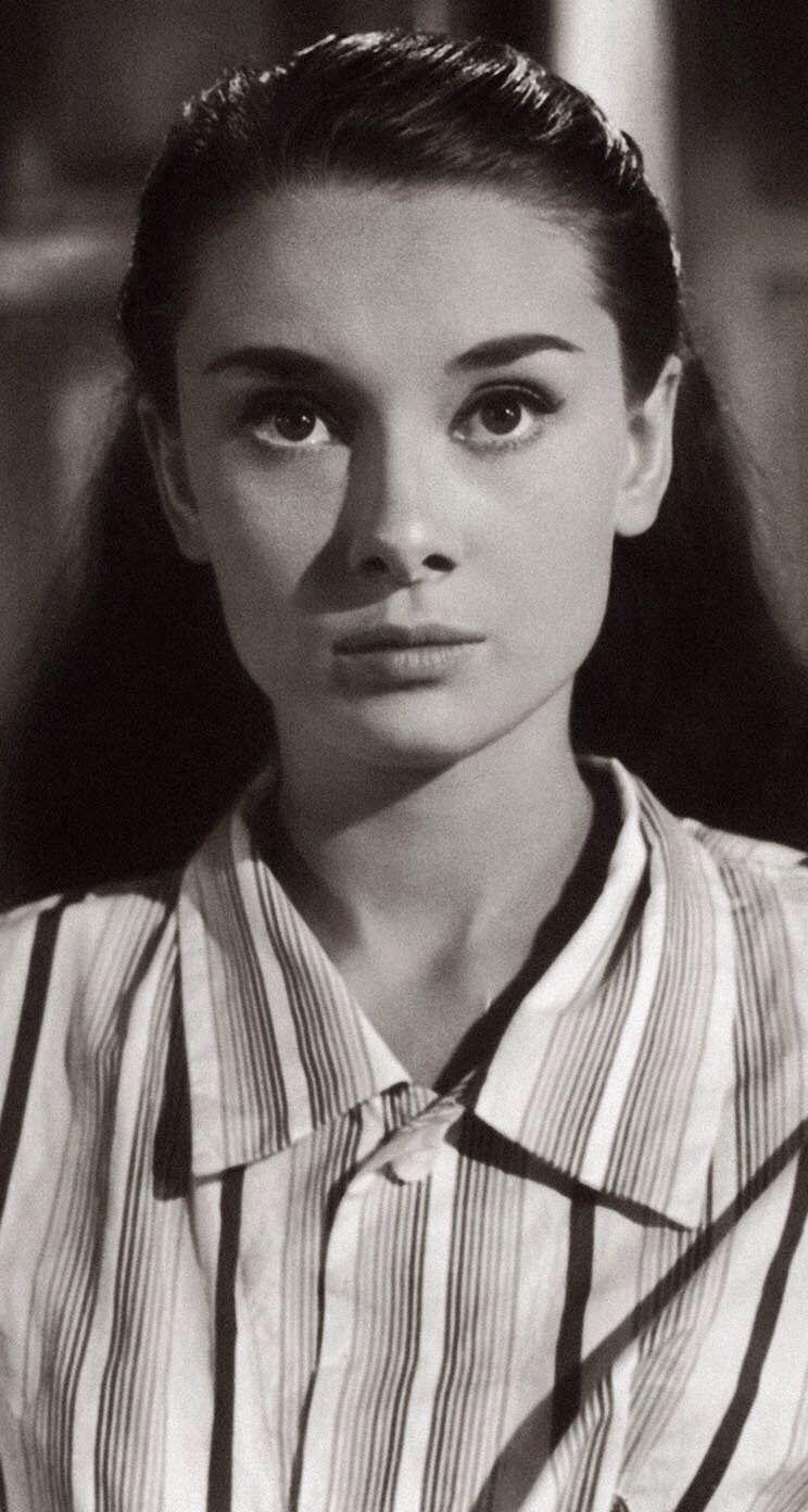 Not Leaving The House Anytime Soon Upgrade Your Pajama Game Audrey Hepburn Audrey Hepburn Roman Holiday Audrey Hepburn Hair
