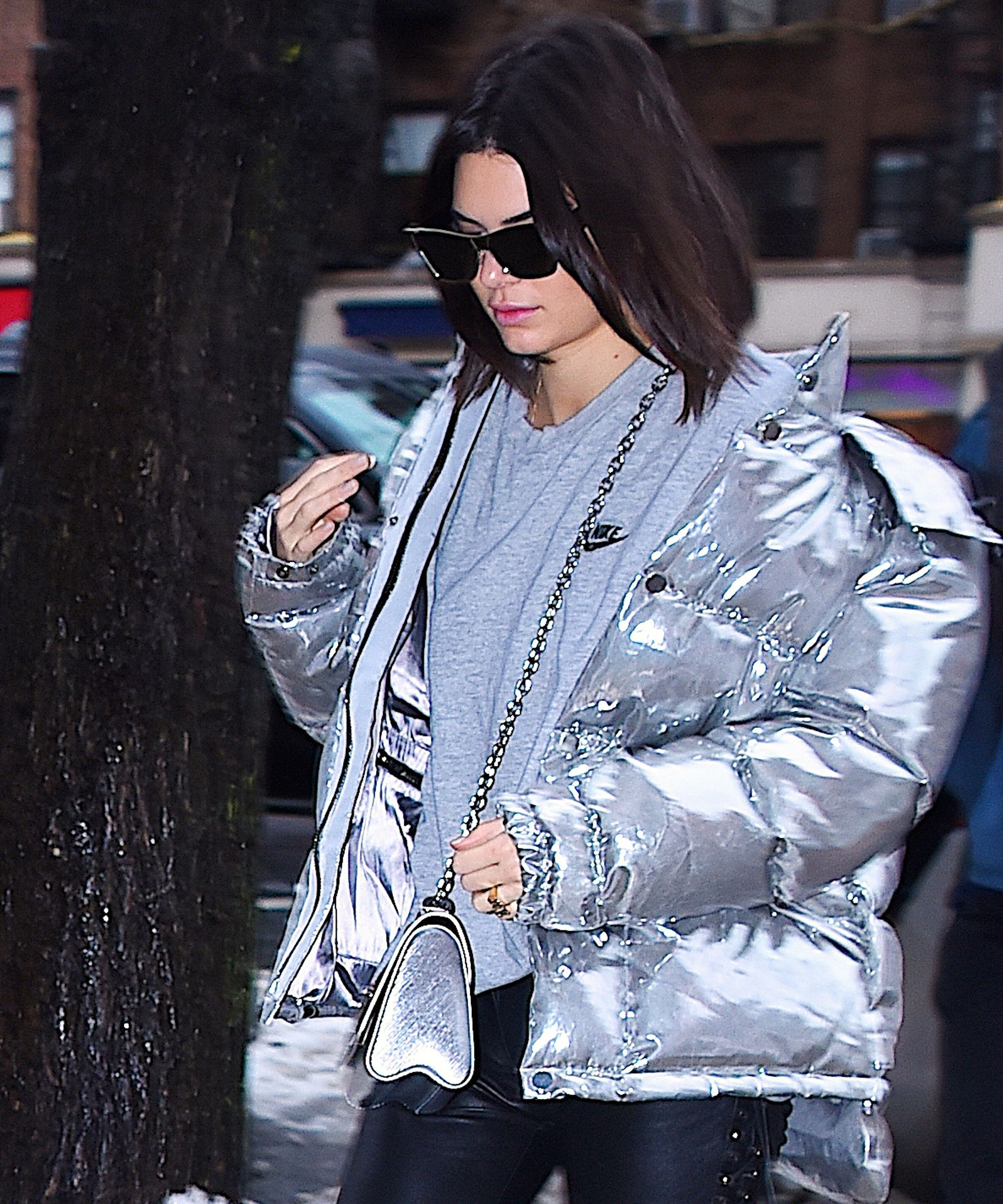 What S Up With Kendall Jenner S Latest Outerwear Obsession Kendall Fashion Trends Winter Kendall Jenner [ 2400 x 2000 Pixel ]