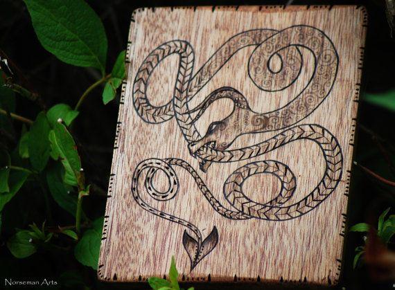 Dragon norvegesi a legna. di NorsemanArts su Etsy