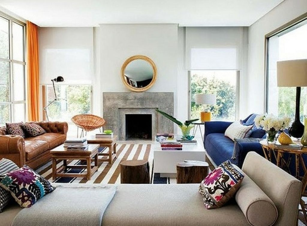 Settee Living Room Ideas For Wall Paint Pin By Leah W On Great Pinterest And Good How To Look With Two Different Sofas In